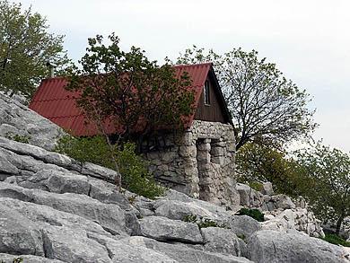 San u kamenu
